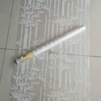 Wallpaper kaca motif bambu putih