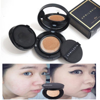 April Skin Magic Snow Cushion Black Bedak April Skin