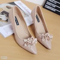 high heels manolo blahnik / sepatu import / sepatu wanita