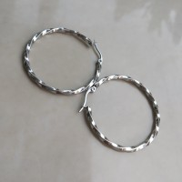Anting Hoop Stainless Steel Gypsy Twisted