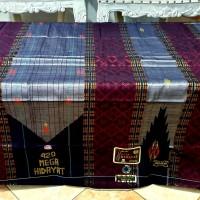 Sarung Tenun Sutra Mega Hidayat 420 Premium diatas bhs sgf sge tamer