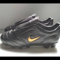 Sepatu Bola Nike Original Bahan Kulit Asli Hemat