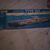 U-Boot Type XXI with Interior submarine modelkit revell