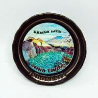 Souvenir magnet kulkas keramik Kawah Ijen Jawa Timur oleh Indonesia