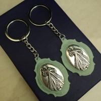 Gantungan Kunci Medali Fosfor Yesus Divine Mercy - Koronka