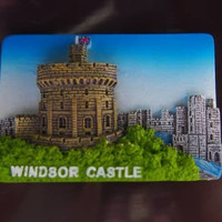 Souvenir magnet kulkas Windsor castle oleh oleh Inggeris England