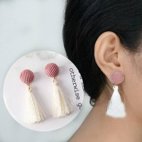 Anting Korea Round Tassel Velvet Earring AP2207