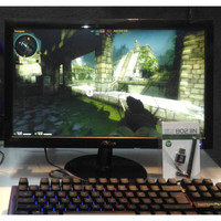 PC Gaming & Editing FULLSET AMD A8 7600 / USB Wifi / Monitor 19 inch