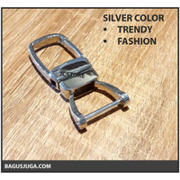 KEYCHAIN METAL TRENDY UNIQUE HORSESHOE FASHION PREMIUM HQ - SILVER
