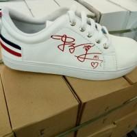 Promo Sepatu Slipon Wanita Sneakers Adidas Nike Vans Kece Terbaru