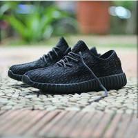 Sepatu Sneakers Adidas Yeezy Import Vietnam Midle Premium Quality