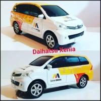 Miniatur Mobil Daih Xen L