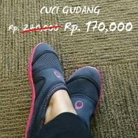 Sepatu Pantai Subea Aquashoes 100