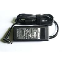 ORIGINAL Adaptor Adapter Charger Casan Axioo Zyrex (DELTA) 19V - 3.42A