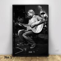 Poster Kurt Cobain Vocalis Nirvana Band Music Ukuran Besar 60x90cm