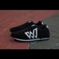 Sepatu Sneakers WJ Running