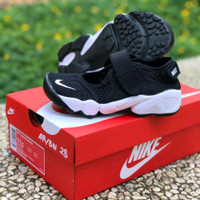 Sepatu Sneakers Nike Kids Rift BNIB Premium Quality
