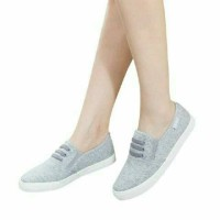 promo MAX JEANS SLIP ON CASUAL
