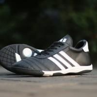 Sepatu Futsal casual kulit asli adidas hitam putih nike TERLARIS