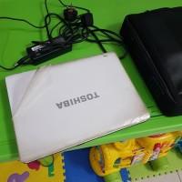 Laptop Toshiba M600 full Set