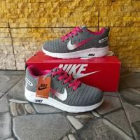 Sepatu Nike Cewek Bahan Kanvas Sol Empuk