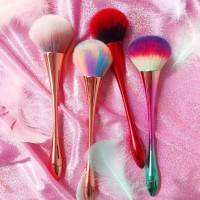 Brush Portabel untuk Foundation / Bedak / Blush On