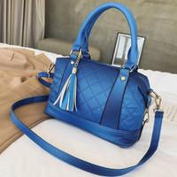 87750 tas hand bag biru wanita jinjing selempang batam korea pergi