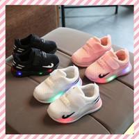Sepatu Anak LED Casual Velcro Putih Hitam Salem Ukuran 21-30