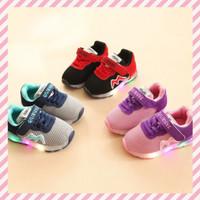 Sepatu Anak LED Breathable Warna Ungu-Pink Hitam-Merah Ukuran 21-30