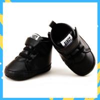 Sepatu Bayi / Sepatu Bayi Prewalker Leather Sneakers