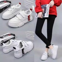 SH261 - Sepatu wanita Import Batam - Sneaker Fashion Warna Putih