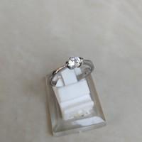 Cincin Wanita Mata Satu American Diamond