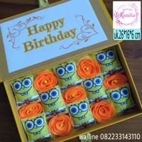 Bouquet box boneka spongebob buket bunga kado hadiah unik murah