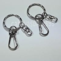 Ring Gantungan Kunci Keychain Ring Bulat 2,8cm Kembang Ulir Souvenir