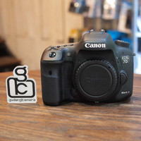 Canon 7D mark ii / 7d ii / 7dii - MINT CONDITION | 1953