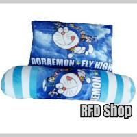 Bantal Gulng Karakter Doraemon Fly High