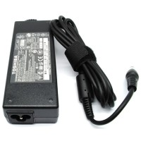 Aksesoris Elektronik Adaptor Toshiba 19V 3.95A Produk Import