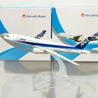 Diecast Pesawat B737 ANA Jepang