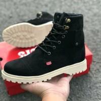 Sepatu boot wanita Brand Azcost original (Brown, white & black)