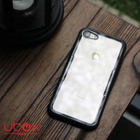 Case UBOX Delta Henks iPhone