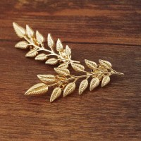 Women's Fashion Brooch Leaves Collar Pin Up Collar Jewelry