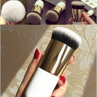Brush Profesional untuk Bedak / Blush On / Foundation