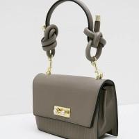 Berrybenka Yazura Febitha Rope Knot Handle Sling Bags Taupe