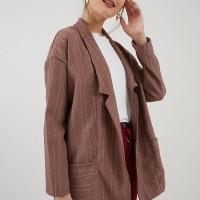 Berrybenka Carsilla stripe blazer pink