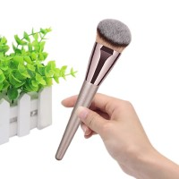 Brush Kosmetik / Makeup untuk Bedak / Foundation / Blush On