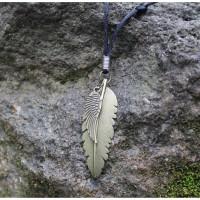 Kalung Tali Dua Bandul Bulu dan Sayap KTD-370