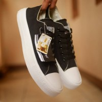 Sepatu Pria Laki-Laki Convers Import Murah Berkualitas
