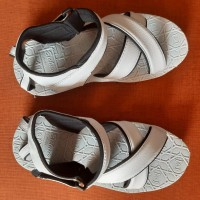 Sepatu Sandal / Sepatu Haji Umroh