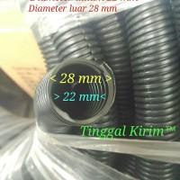 Selang fleksibel belah 22mm untuk membungkus/merapihkan macam2 kabel