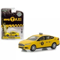 Greenlight 1/64 2013 Ford Fusion NYC Taxi (New York City Taxi)
